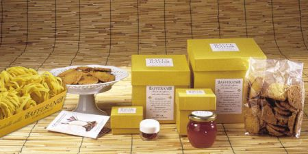 Tuscan saffron-flavoured local products